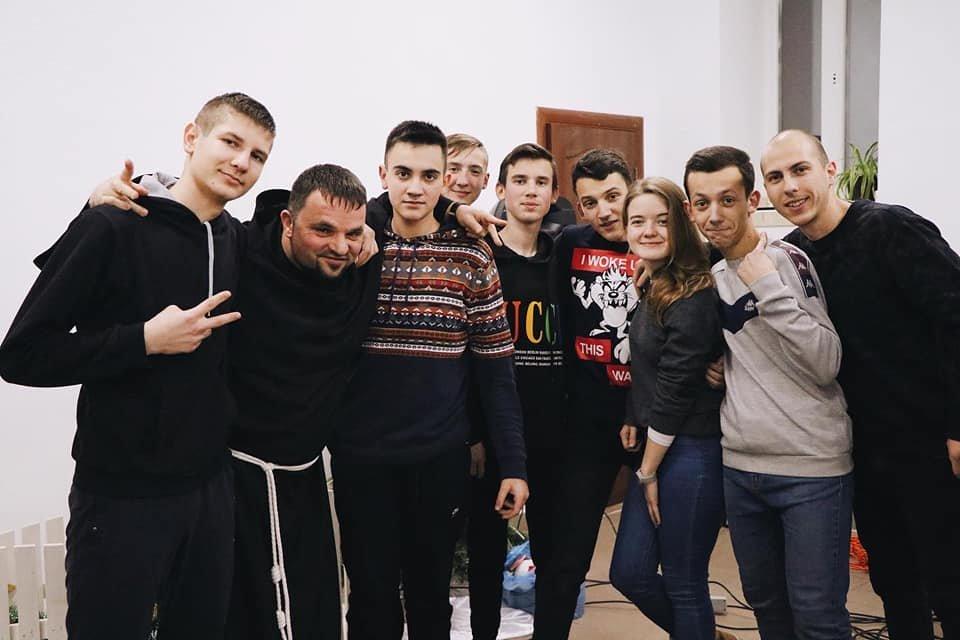 ФМ Львів